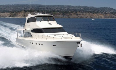 Hampton 700 Skylounge yacht for sale