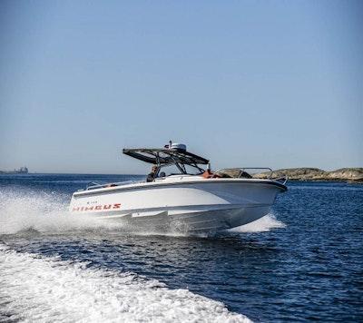 Nimbus Boats T8