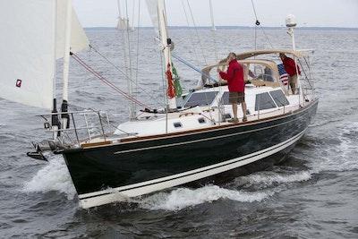 Tartan-Yachts-4700-Sailboat-Main